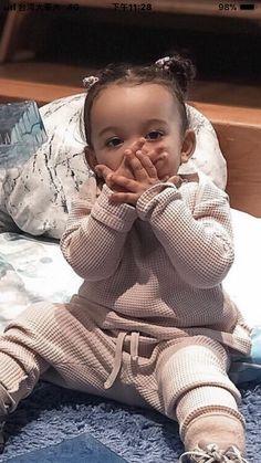 Jenner Kids, Kyle Jenner, Jenner Family, Dream Kardashian, Kim Kardashian And Kanye, Kardashian Jenner, Celebrity Kids, Celebrity Look, Cute Baby Girl