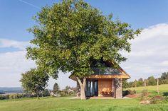 Na první pohled tradiční stavba z českého venkova, která však disponuje moderním interiérem a hlavně útulnou atmosférou