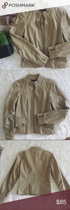 "nwot//tommy hilfiger • moto style jacket •tommy hilfiger moto style jacket •brand new without tags; few years old, but new.  •khaki color •2 functional front pockets w/snap button closure along w/2 faux pockets  •size: x-small  •materials: body - 98% cotton, 2% spandex; liner - 100% cotton  •measurements: (taken while zipped up) armpit-armpit: 16""; length: 21""; sleeve length: 24""  •please see all pics, read description, and ask questions before purchasing   •no trades• Tommy Hilfiger Jackets…"