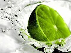 Download 2880x1800 Pineapple Slow Motion Water Splash Wallpaper