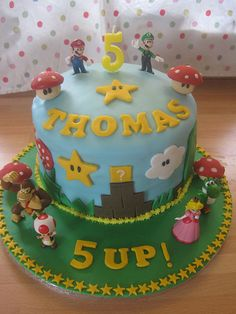 Super Mario Cake-- I like this one because it says 5 up and the boy is turning 5 Mario Birthday Cake, Super Mario Birthday, Super Mario Party, 5th Birthday Party Ideas, 4th Birthday, Birthday Cakes, Cupcakes Super Mario, Fiesta Party, Mario Bros Cake