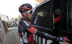 GP Le Samyn: Philippe Gilbert abandonne après 127 kilomètres à cause de problèmes de dos -                  Philippe Gilbert a mis pied à terre après 127 kilomètres de course au GP Le Samyn mercredi. Le coureur de BMC, victime d'une chute au Circuit Het Nieuwsblad samedi, avait tenu à prendre le départ à Quaregnon.  http://si.rosselcdn.net/sites/default/files/imagecache/flowpublish_preset/2016/03/02/462841598_B978003933Z.1_2