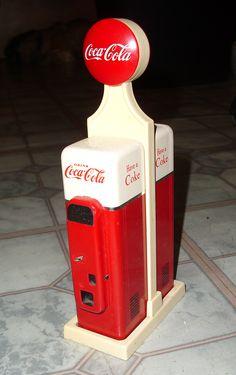 Coke gas pump salt n pepper shakers