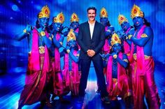 Watch: Akshay Kumar Turns A Jolly Good Fellow   Read More-->> http://www.oneworldnews.com/watch-akshay-kumar-turns-a-jolly-good-fellow/