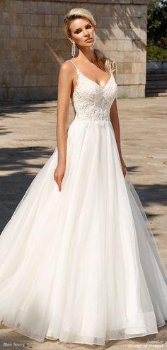 Bien Savvy 2018 Wedding Dress #weddingdress #weddingideas