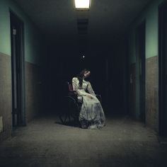 Dark photography by Devin schiro Scary Photos, Creepy Images, Creepy Pictures, Creepy Photography, Horror Photography, Dark Photography, Karel Gott, Dark Art Illustrations, Arte Obscura