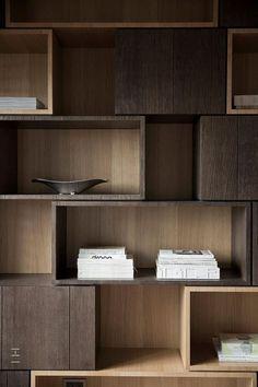 Regal in Holz - Yvonne Dekor Home Bookcase Shelves, Display Shelves, Shelving, Bookcases, Timber Shelves, Timber Frames, Shelf Design, Cabinet Design, Wall Design