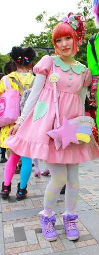 ska göra en sån här klänning som sweet Lolita!