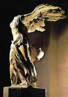 #VictoiredeSamothrace #Grécia #Louvre