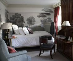 guest room by Michael Smith, interior designer for State Road on Martha's Vineyard (love that restaurant) and the Obama White House (love that White House). Bedroom Murals, Interior Design, Bedroom Decor, Small Spaces, Beautiful Bedrooms, Home, Bedroom Design, Small Bedroom, Bedroom Wall