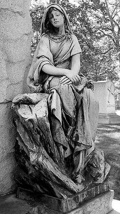 Woodlawn Cemetery Bronze Memorial (Black and White)--Detroit MI   Flickr - Photo Sharing!