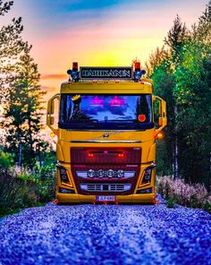 Volvo Trucks, Heavy Machinery, Vehicles, Instagram, Blog, Photos, Death, Truck, Pictures