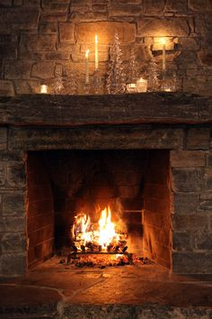 Simon Pearce Vermont Evergreen Trees - The centerpiece of the season. Make a forest of Vermont Evergreens the focal point of your home this holiday season. Shop Simon Pearce here: - Cabin Fireplace, Rustic Fireplaces, Fireplace Design, Fireplace Garden, Cabin Homes, Log Homes, Illustration Noel, Hearth And Home, Cozy Cabin