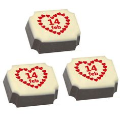 Chocolates are the symbol of love for lots of love struck couples. Chocolates give joy and are liked by all. This Valentine's Day gift your love a box of chocolates with a twist. Have your message or a cute couple photo printed on the chocolate bar. Made from the finest ingredients, the printed chocolates will surely bowl your loved ones over. http://www.chococraft.in/collections/valentine-gifts