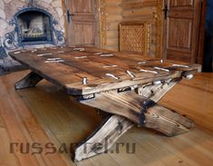 Timber Furniture, Woodworking Furniture, Rustic Furniture, Furniture Design, Farmhouse Dining Room Table, Wood Carving Designs, Scrap Wood Projects, Wood Home Decor, Wood Pallets