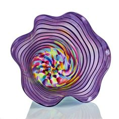 This elegant accent bowl will be perfect in any setting! The combination of colors and textures give interest and movement to the piece. Also, the exterior has a beautiful iridized sheen which reflect Fused Glass Plates, Fused Glass Ornaments, Fused Glass Art, Murano Glass, Glass Vase, Glass Bowls, Stained Glass Lamp Shades, Dot Day, Glass Design