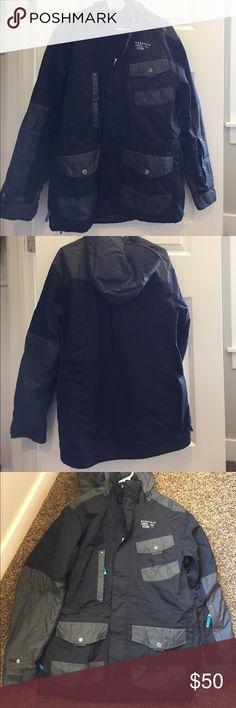 Mountain Hardwear Coat Size M Great winter coat. Men's size M. Mountain Hardwear Jackets & Coats Ski & Snowboard