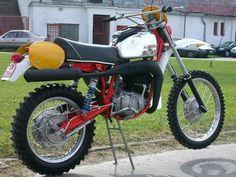 Vintage Montesa Photos/Specs/Parts Enduro Vintage, Vintage Motocross, Vintage Bikes, Dirt Bikes, Scrambler, Cool Bikes, Offroad, Motorcycles, Custom Bikes