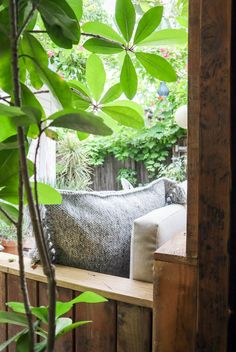 Before + After: Back Garden Sofa - Double wide - Design Rattan Furniture Small Courtyard Gardens, Small Courtyards, Back Gardens, Small Gardens, Landscape Design, Garden Design, Compost Tumbler, Tropical Bedrooms, Ficus Tree