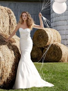 Modified Sweetheart Spring Natural Wedding Dress with Fleur Cotton Lace Bodice