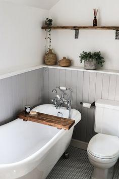 Diy Bathroom Decor, Bathroom Interior Design, Bathroom Remodeling, Cottage Bathroom Decor, Cottage Bathroom Design Ideas, Bathroom Inspo, Budget Bathroom, Cottage Style Bathrooms, Remodel Bathroom