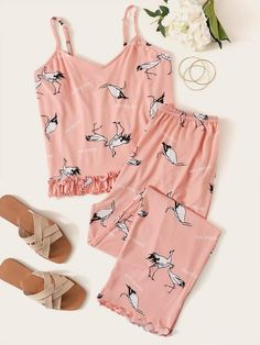 To find out about the Crane Print Frill Trim Cami PJ Set at SHEIN, part of our latest Pajama Sets ready to shop online today! Cute Pajama Sets, Cute Pajamas, Pj Sets, Pajamas Women, Cute Lazy Outfits, Stylish Outfits, Emma Clothing, Night Pajama, Cute Sleepwear