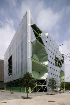 Modern Architecture Representation And Reality cloud 9's media tic building. barcelona, spain. dwg th