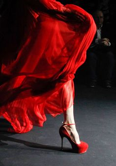but, i absolutely need these shoes.  and how beautiful is that red?  john galliano fall 2012