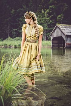Oktoberfest | Lena Hoschek Tradition | Gretl Kleid Mustard
