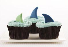 Cupcakes Swissmilk Sweet, Desserts, Shark, Food, Decorate Cupcakes, Food Food, Simple, Candy, Tailgate Desserts