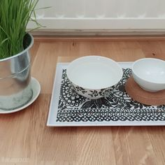 The Moomincats Blog – Modern feeding station for cats