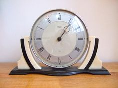 Rare Original 1930s Smiths ART DECO Bakelite clock