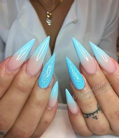 Nail Art Design Ideas to Give You Amazing Fall This Year - Best Stiletto Nails for 2018 – 89 Trending Stiletto Nail Designs – Best Nail Art - Acrylic Nails Stiletto, Best Acrylic Nails, Pointed Nails, Blue Nails, My Nails, Crome Nails, Artificial Nails, Perfect Nails, Summer Nails