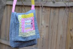 Plum and June: Easy Messenger Style Book Bag Tutorial