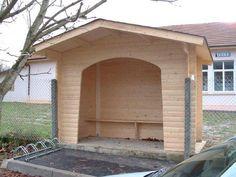 Abribus en bois - Code produit: 14873732 - Cliquez sur la photo pour voir la fiche produit