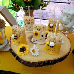 The krispie treats at this bumble bee baby shower are so much fun! - The krispie treats at this bumble bee baby shower are so much fun! See more parties and share yours - Fiesta Baby Shower, Baby Shower Parties, Baby Shower Themes, Shower Party, Shower Ideas, Shower Games, Baby Party, Sunflower Baby Showers, Baby Gender Reveal Party