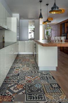 Kitchen and tiles. Floor. cement tiles carreaux de ciment