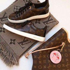 Vuitton bag n shoe