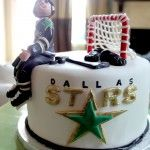 don't they know it should be the MN North Stars still? Oh well it is a cute idea with the logo on the side of a smaller cake. Dallas Cowboys Birthday Cake, Hockey Birthday Cake, Cowboy Birthday Cakes, Hockey Party, Fancy Cakes, Cute Cakes, Hockey Cakes, Stars Hockey, Hockey Mom