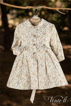Μαντό της Vinte Li 4904 με χρυσές λεπτομέρειες και εντυπωσιακά κουμπιά , annassecret, Ρούχα βάπτισης, Βαπτιστικά Ρούχα Κορίτσι, Μαντό για βάπτιση, Βάπτιση για κοριτσάκι, Χειμερινή συλλογή Shirt Dress, Creative, Shirts, Dresses, Baby, Fashion, Vestidos, Moda, Shirtdress
