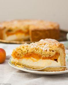 Crumb Apricot Cheesecake. Something orange that is not pumpkin! #cheesecake