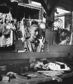 A showgirl sitting at her dressing room mirror backstage at the Copacabana nightclub. Photograph by Gjon Mili. New York City, Backstage, Dressing Room Mirror, Dressing Rooms, Photo New York, Gjon Mili, Vegas Showgirl, The Illusionist, Ziegfeld Follies, History Teachers
