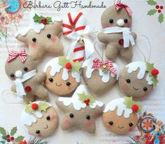 Christmas Crafts : Handmade felt cookie decorations - Ask Christmas - Home of Christmas Inspiration & Deals Felt Christmas Ornaments, Noel Christmas, Homemade Christmas, Diy Ornaments, Beaded Ornaments, Gingerbread Ornaments, Christmas Countdown, Christmas Projects, Felt Crafts