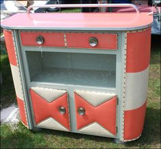Coral two-tone mid-century bar. Gorgeous!!