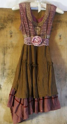 Rustic boho dress chiffon cotton dusty mauve lace rose vintage romantic medium by vintage opulence on - Chiffon Dress, Dress Skirt, Dress Up, Lace Dresses, Gypsy Style, Bohemian Style, My Style, Bohemian Outfit, Boho Outfits