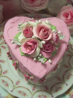 HEART CAKE SHABBY COTTAGE ROSE DECORATED CAKE