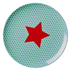 Bring fun to their mealtimes with this blue and red Star Print Melamine Lunch Plate from RICE A/S. – Made with durable melamine.