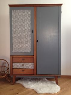 image of armoire secr taire penderie vintage custo meubles pinterest armoires produits. Black Bedroom Furniture Sets. Home Design Ideas