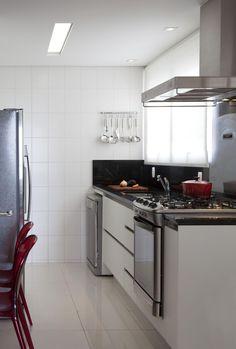 Fogão de embutir na cozinha é uma combinação perfeita