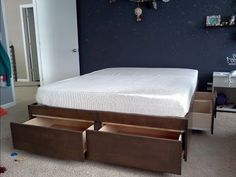 Кровать с ящиками своими руками - YouTube